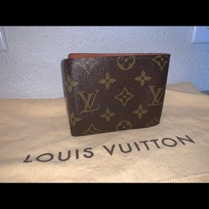 Louis Vuitton Bags - Authentic Louis Vuitton billfold wallet case pouch